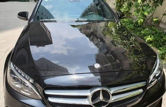 Bán ô tô Mercedes C250 AT đời 2015, màu đen