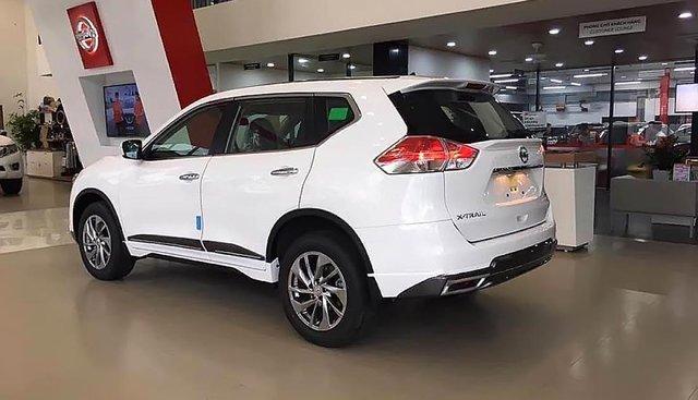 Bán Nissan X trail V Series 2.0 SL Luxury 2019, màu trắng giá tốt
