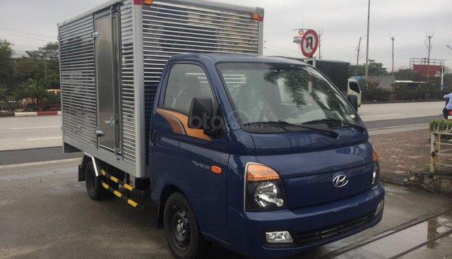Bán xe tải Hyundai New Porter H150 sản xuất 2019, màu xe xanh/trắng/, xe nhập khẩu 3 cục tại Hyundai Hàn Quốc