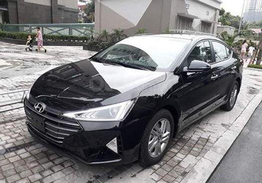 Hyundai Elantra 1.6 AT 2019, màu đen, 618 triệu ưu đãi 25tr phụ kiện, hỗ trợ trả góp 200tr nhận xe LH: 0962.609.228