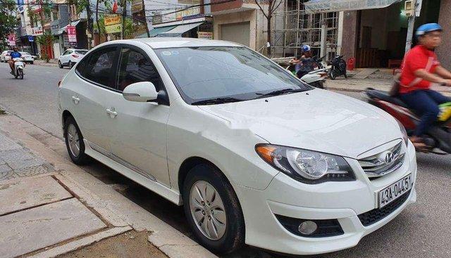 Bán Hyundai Avante MT đời 2012, màu trắng, xe nhập số sàn