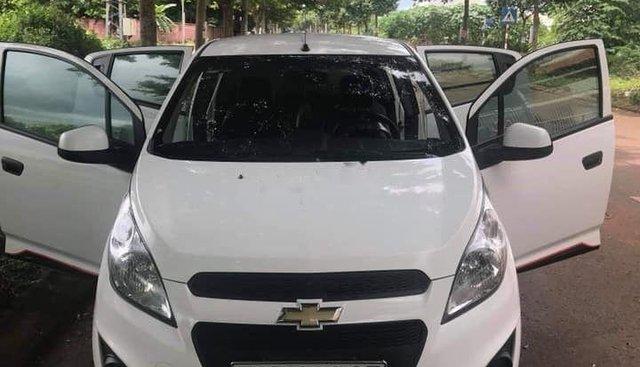 Bán Chevrolet Spark sản xuất năm 2017, màu trắng, nhập khẩu