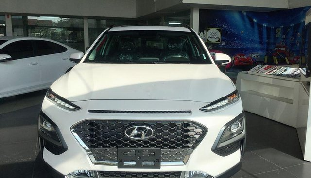 Bán Hyundai Kona đời 2019, màu trắng