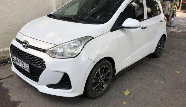 Bán Hyundai Grand i10 form 2019, màu trắng, nhập khẩu