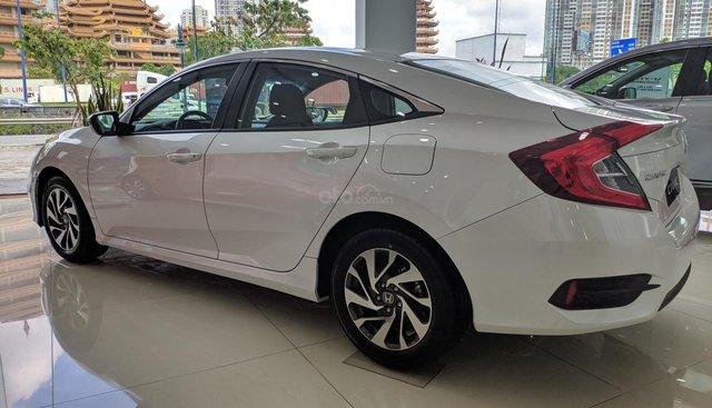 Bán Civic 2019 nhập Thái, giảm giá lớn nhất SG và nhiều phụ kiện hấp dẫn