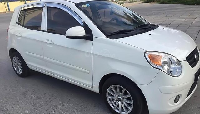 Gia đình bán xe Kia Morning Van 1.0 AT đời 2010, màu trắng, nhập khẩu