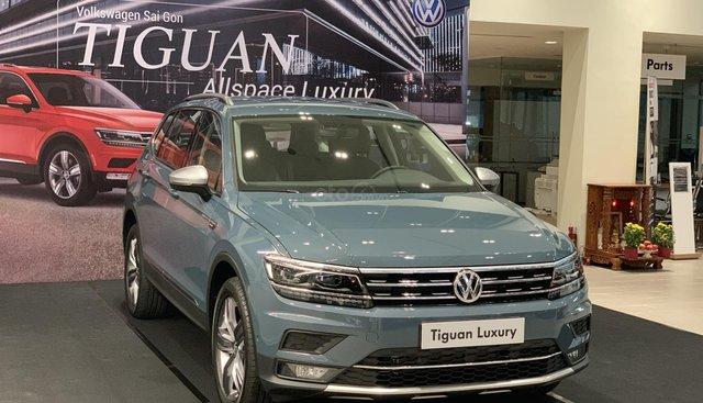 Bán xe Volkswagen Tiguan Allspace Luxury SUV 7 chỗ nhập khẩu chính hãng, đủ màu xe giao ngay. LH: 0933 365 188