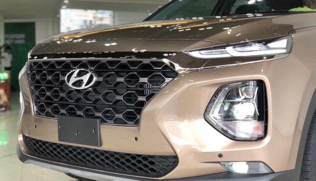 Bán Hyundai Santa Fe Premium năm sản xuất 2019, màu vàng cát, máy xăng