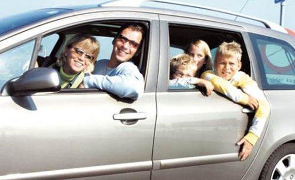 Kinh nghiệm đi du lịch bằng ô tô cùng cả gia đình trong dịp Tết