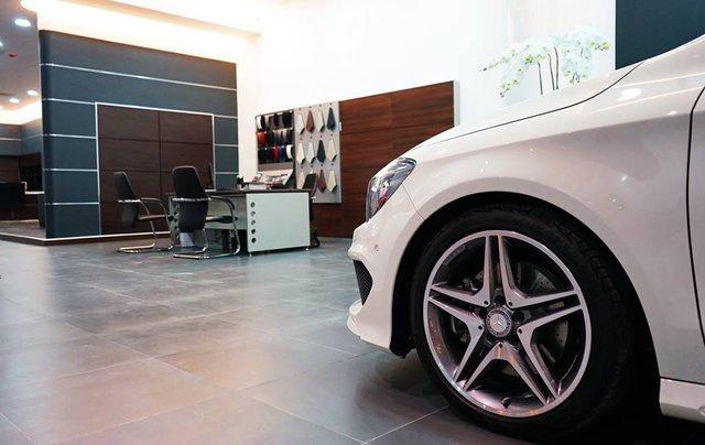 Mercedes-Benz Haxaco Điện Biên Phủ 1