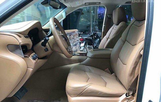 Bán Cadillac Escalade Platium sản xuất năm 2016 full option chạy 2 vạn 7km3