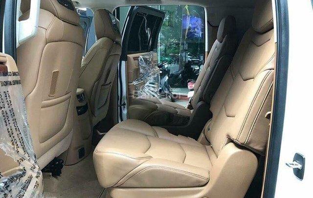 Bán Cadillac Escalade Platium sản xuất năm 2016 full option chạy 2 vạn 7km5
