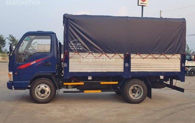 Bán xe tải 2,4 tấn, giá cực sốc0