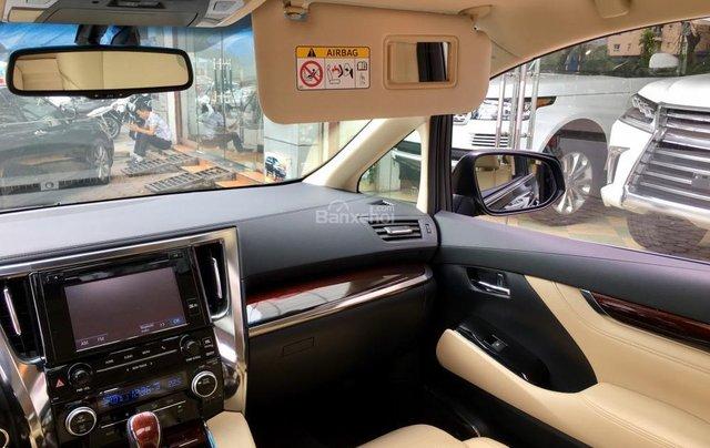 Cần bán xe Toyota Alphard Limited, màu đen, đã qua sử dụng như mới giá tốt LH: 0982.84.283812