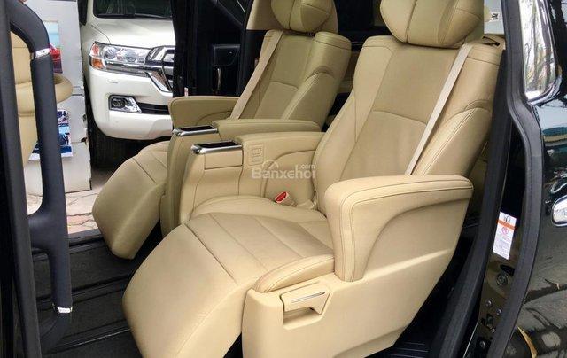 Cần bán xe Toyota Alphard Limited, màu đen, đã qua sử dụng như mới giá tốt LH: 0982.84.283813