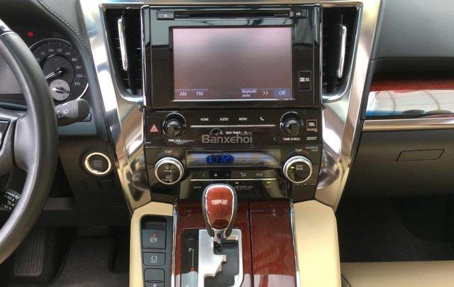 Cần bán xe Toyota Alphard Limited, màu đen, đã qua sử dụng như mới giá tốt LH: 0982.84.283815