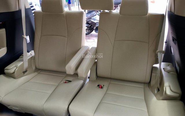 Cần bán xe Toyota Alphard Limited, màu đen, đã qua sử dụng như mới giá tốt LH: 0982.84.283819