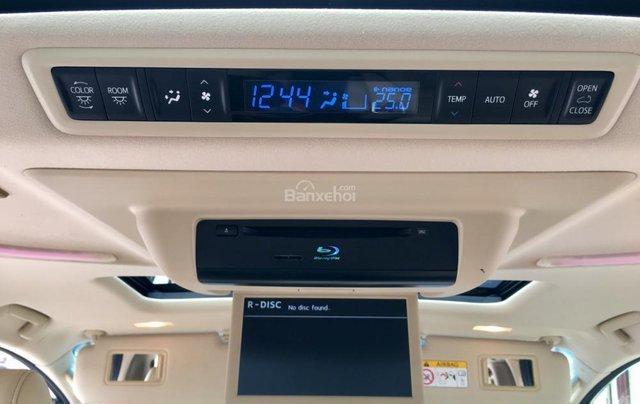 Cần bán xe Toyota Alphard Limited, màu đen, đã qua sử dụng như mới giá tốt LH: 0982.84.283820