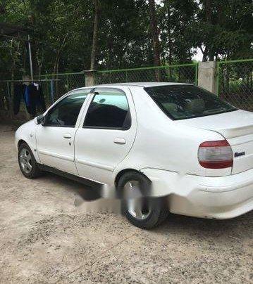 Cần bán lại xe Fiat Siena 2002, màu trắng xe gia đình, giá tốt0