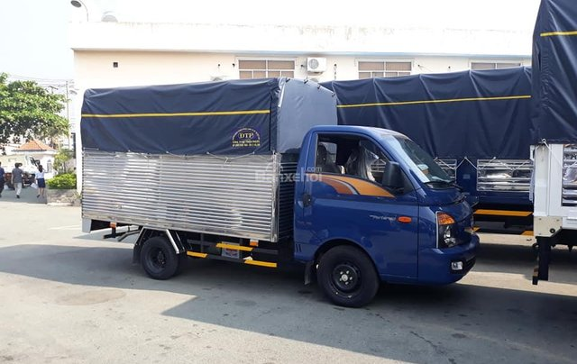 Bán Hyundai Porter mui bạt inox, tải 1.5 tấn, đời 2020, màu xanh lam, nhập khẩu3