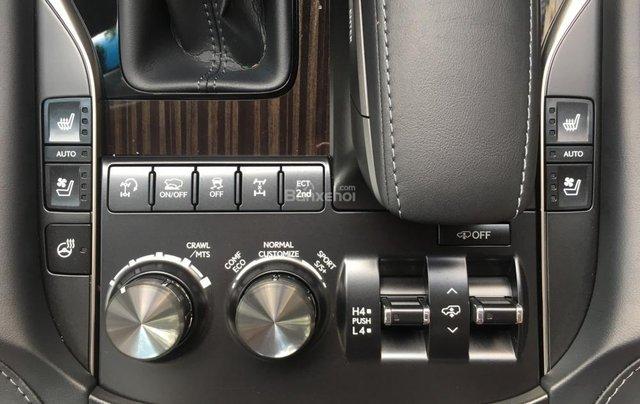 Bán ô tô Lexus LX 570 sản xuất năm 2018, màu đen, nhập khẩu Mỹ nguyên chiếc16