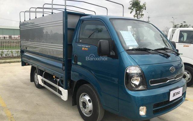 Bán xe tải K250 tải trọng 2 tấn 4, động cơ Hyundai D4CB, phun dầu điện tử, sẵn sàng giao xe ngay3