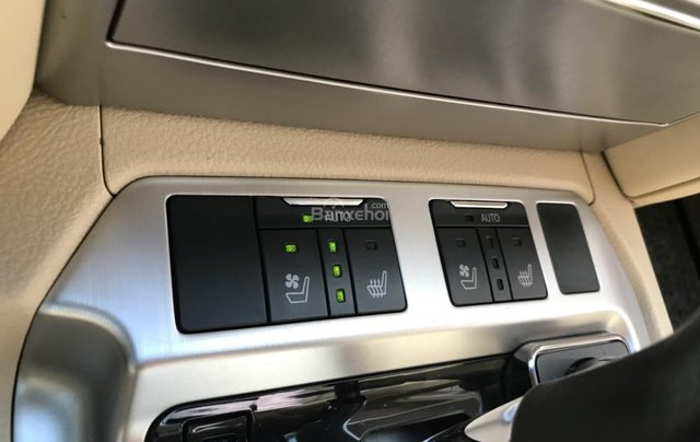 Bán ô tô Toyota Land Cruiser V8 4.6 đời 2016, màu đen, nhập khẩu nguyên chiếc15