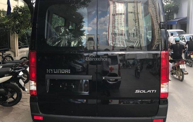 Bán Hyundai Solati H350 2.5 MT giao xe ngay, giá 990 triệu + KM 15 triệu - LH: 09199299233