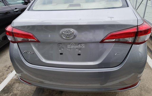"""""""Hot"""" Toyota Vios 1.5E số sàn - giá 470 triệu và quà tặng theo xe - Đưa trước 140 Triệu - Liên hệ 09027500513"""