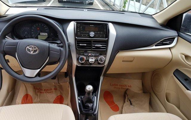 """""""Hot"""" Toyota Vios 1.5E số sàn - giá 470 triệu và quà tặng theo xe - Đưa trước 140 Triệu - Liên hệ 09027500515"""