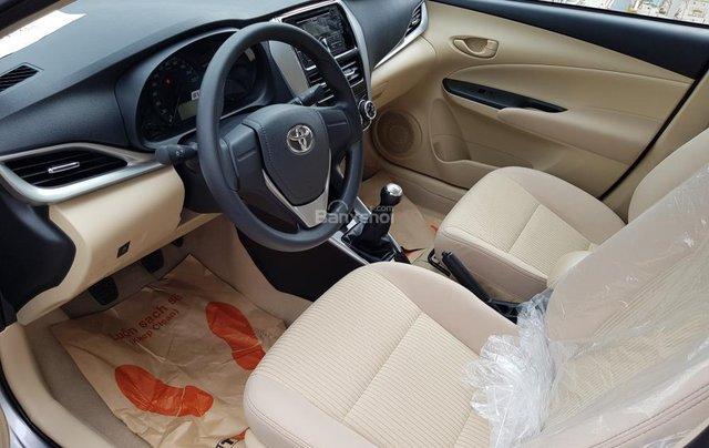 """""""Hot"""" Toyota Vios 1.5E số sàn - giá 470 triệu và quà tặng theo xe - Đưa trước 140 Triệu - Liên hệ 09027500516"""
