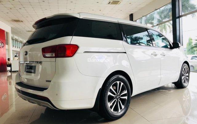 Bán xe Kia Sedona 2019 máy dầu bản tiêu chuẩn - Giá tốt nhất thị trường Đồng Nai - Đủ màu - Hotline 0933.755.4853