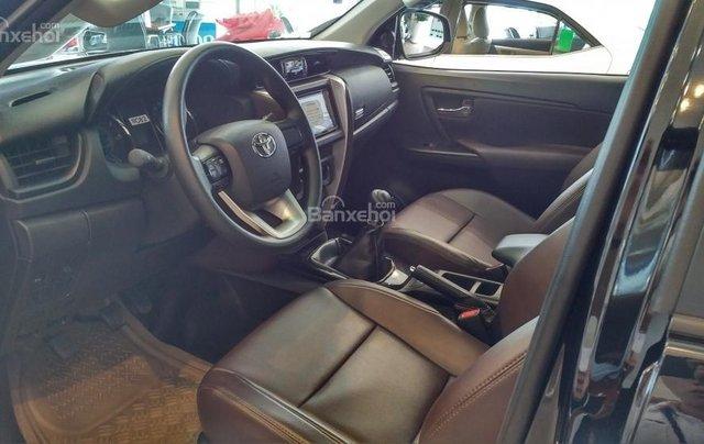 Toyota Fortuner 2.4G MT - 958 triệu - đưa 250 triệu lấy xe - Ưu đãi quà tặng theo xe3