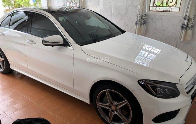 Bán xe Mercedes C300 AMG sản xuất 2017, màu trắng  0