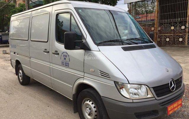 Bán xe tải Van 3 chỗ, đời 2009, tải trọng được phép trở 1530 kg, hiệu Mec Sprinter3