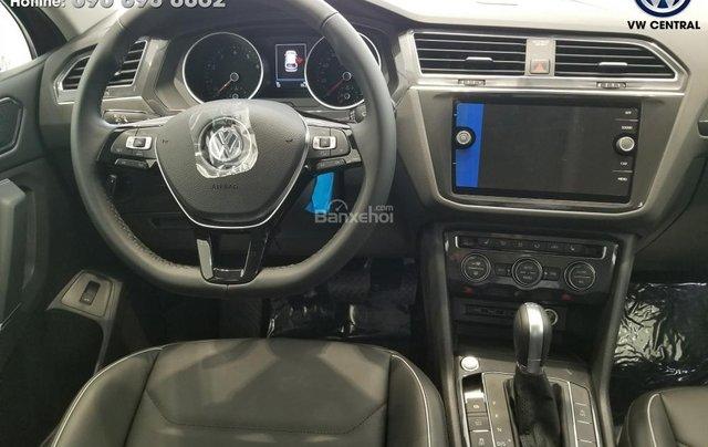 SUV 7 chỗ Tiguan Allspace màu đỏ ruby giao ngay - Xem và lái thử xe tại nhà, hotline: 090.898.8862 (Mr. Anh Quân)3