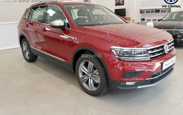 SUV 7 chỗ Tiguan Allspace màu đỏ ruby giao ngay - Xem và lái thử xe tại nhà, hotline: 090.898.8862 (Mr. Anh Quân)18