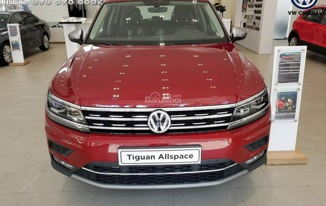 SUV 7 chỗ Tiguan Allspace màu đỏ ruby giao ngay - Xem và lái thử xe tại nhà, hotline: 090.898.8862 (Mr. Anh Quân)19