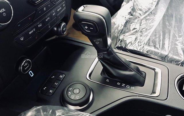 [Siêu khuyến mãi 2020 ] 0909907900 Ford Everest Bi-Turbo, Si-Turbo, đủ màu, giao ngay, tặng bảo hiểm vật chất, dán film2