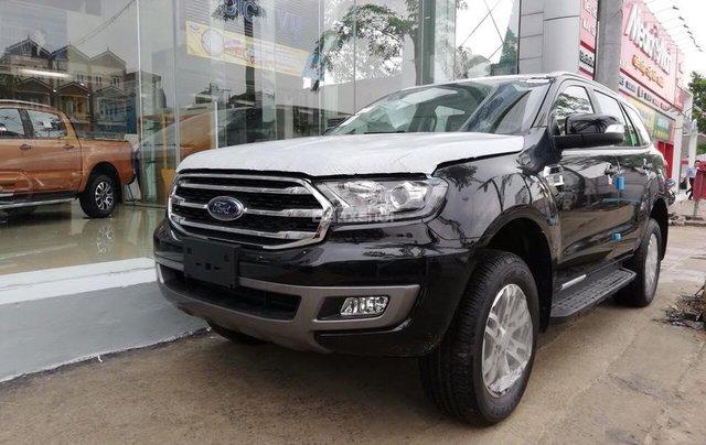 Bán Ford Everest Trend AT 2018, màu đen, xe nhập, KM khủng tháng 11, hỗ trợ thủ tục từ A-Z2