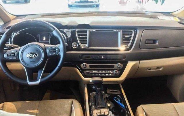 Cần bán xe Kia Sedona 2.2L DATH năm sản xuất 2018, màu trắng1