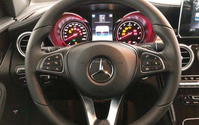 Cần bán gấp Mercedes GLC200, màu đen 2018, chạy lướt giá tốt5