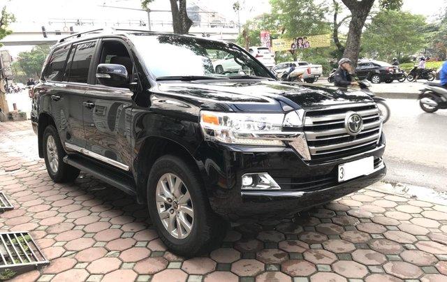 Bán Toyota Land Cruiser V8 5.7 AT đời 2016, màu đen, nhập khẩu Mỹ LH: 0982.84.28381