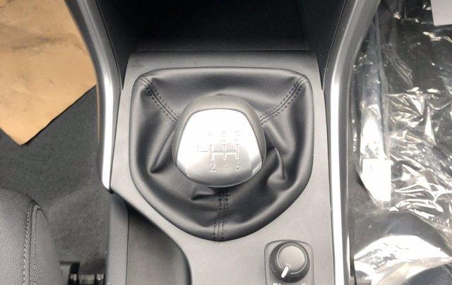 Mazda BT50 2.2 số sàn 2 cầu ưu đãi kèm nhiều phụ kiện6