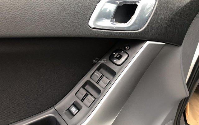 Mazda BT50 2.2 số sàn 2 cầu ưu đãi kèm nhiều phụ kiện7