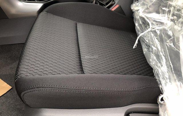 Mazda BT50 2.2 số sàn 2 cầu ưu đãi kèm nhiều phụ kiện10