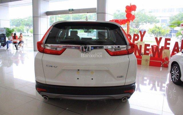 Giao liền tay Honda CR V 1.5E màu trắng với chỉ 270 triệu. CAM KẾT GIÁ TỐT NHẤT khi liên hệ 0933.683.0565