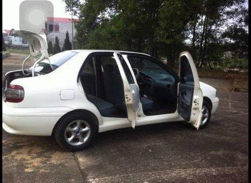 Cần bán lại xe Fiat Siena sản xuất 2003, màu trắng 3