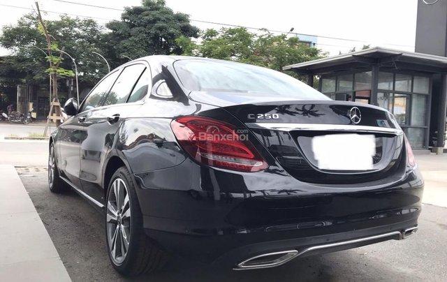 Bán Mercedes C250 năm sản xuất 2017, màu đen như mới4