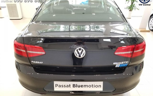 Volkswagen Passat Bluemotion - Xe Đức nhập khẩu, tặng 100% phí trước bạ | Hotline: 090-898-88622